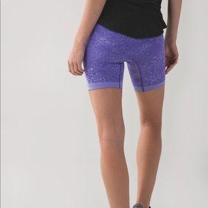 Lululemon Sculpt shorts sz 6
